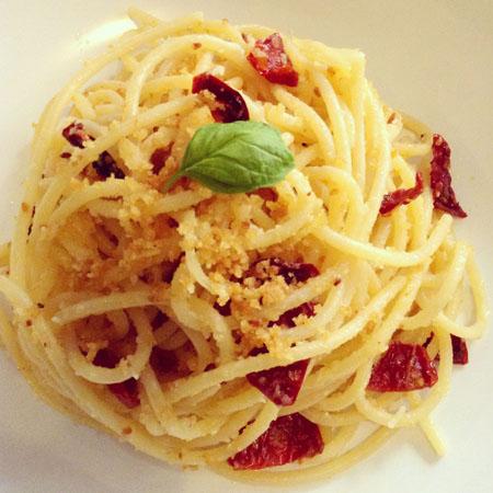 recette italienne, pates aux tomates sechees